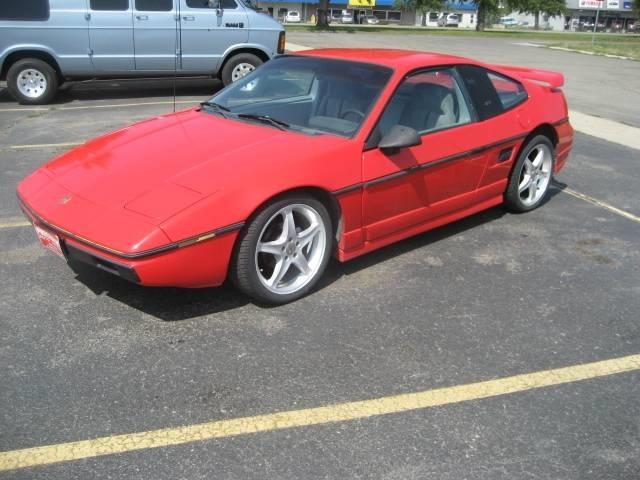 Pontiac Fiero 1984 $5995.00 incacar.com