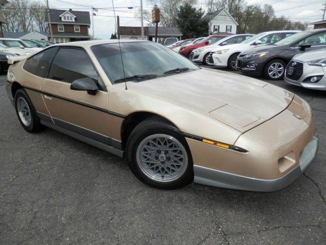 Pontiac Fiero 1987 $9950.00 incacar.com