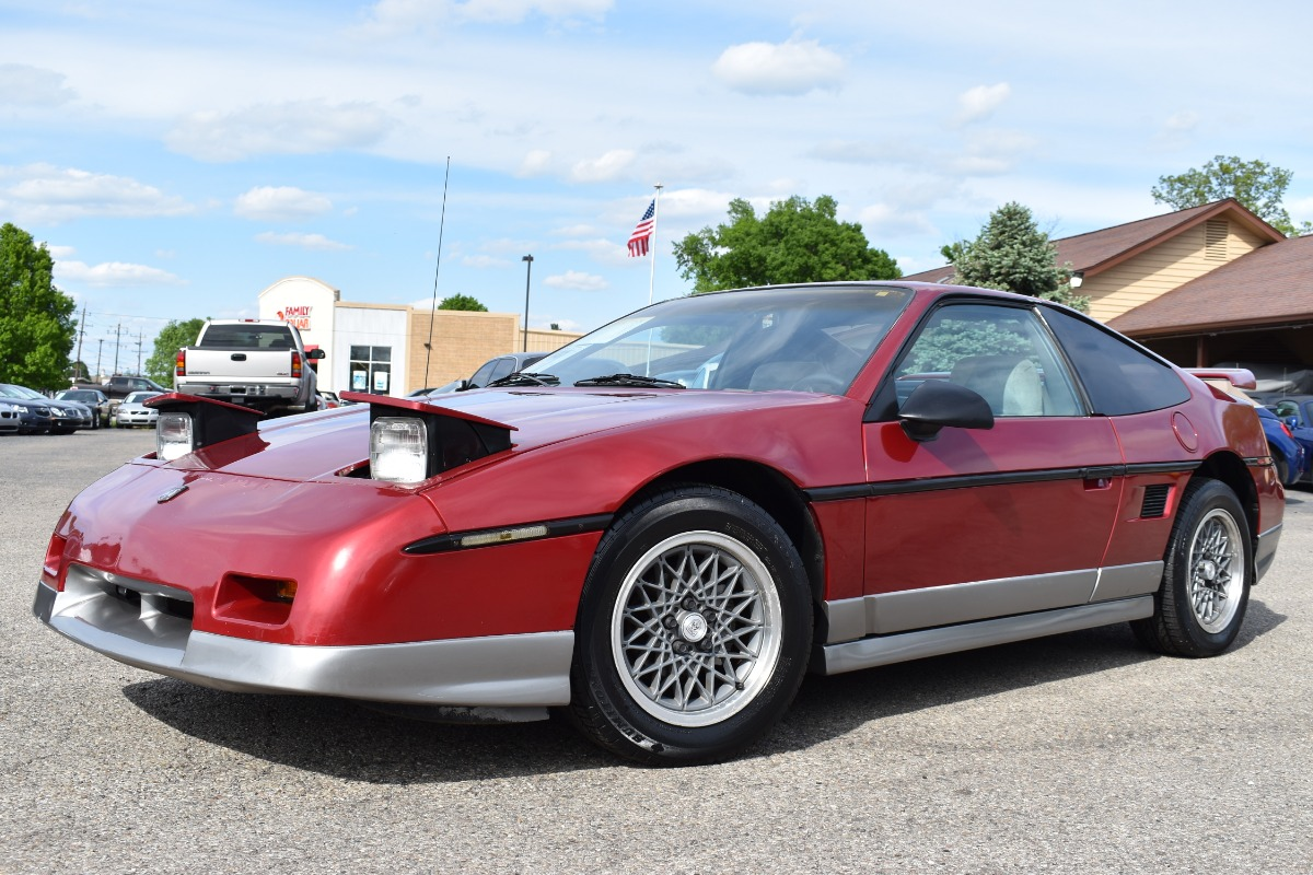 Pontiac Fiero 1987 $4995.00 incacar.com