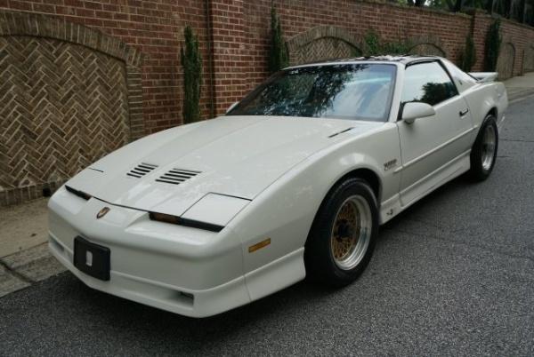 Pontiac Firebird 1989 $29960.00 incacar.com