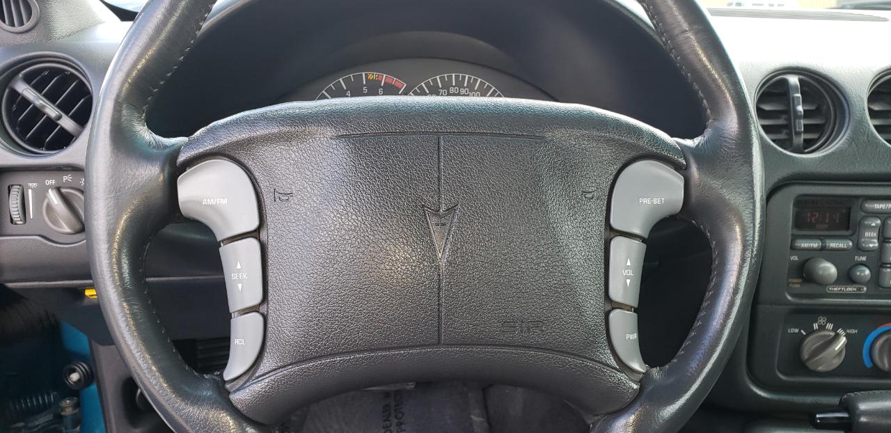 Pontiac Firebird 1994 $9995.00 incacar.com