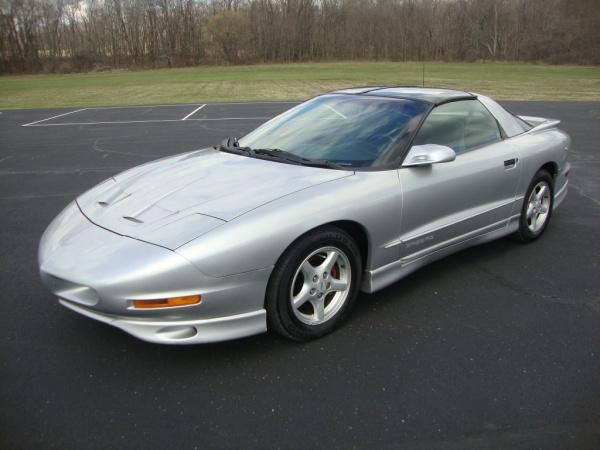 Pontiac Firebird 1997 $5995.00 incacar.com