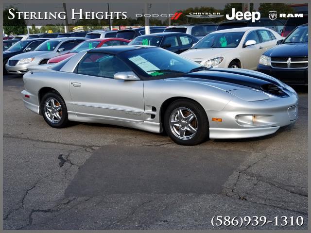 Pontiac Firebird 1999 $5995.00 incacar.com