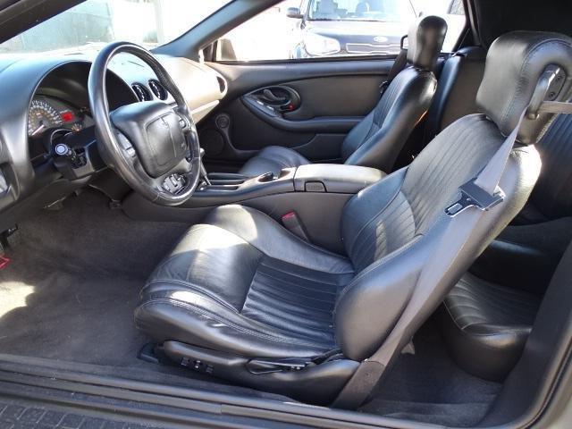 Pontiac Firebird 2000 $12999.00 incacar.com