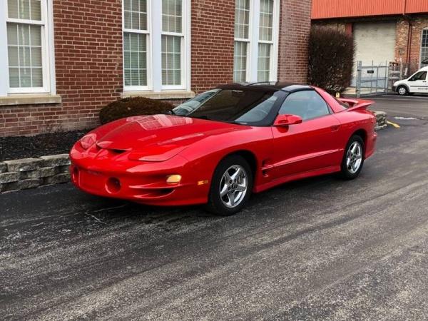 Pontiac Firebird 2000 $12995.00 incacar.com