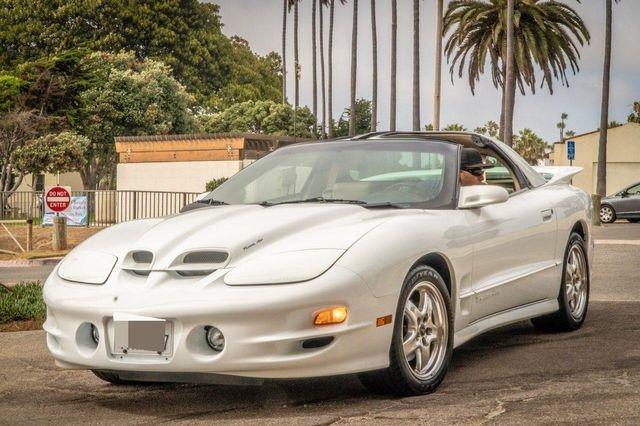 Pontiac Firebird 2002 $23995.00 incacar.com