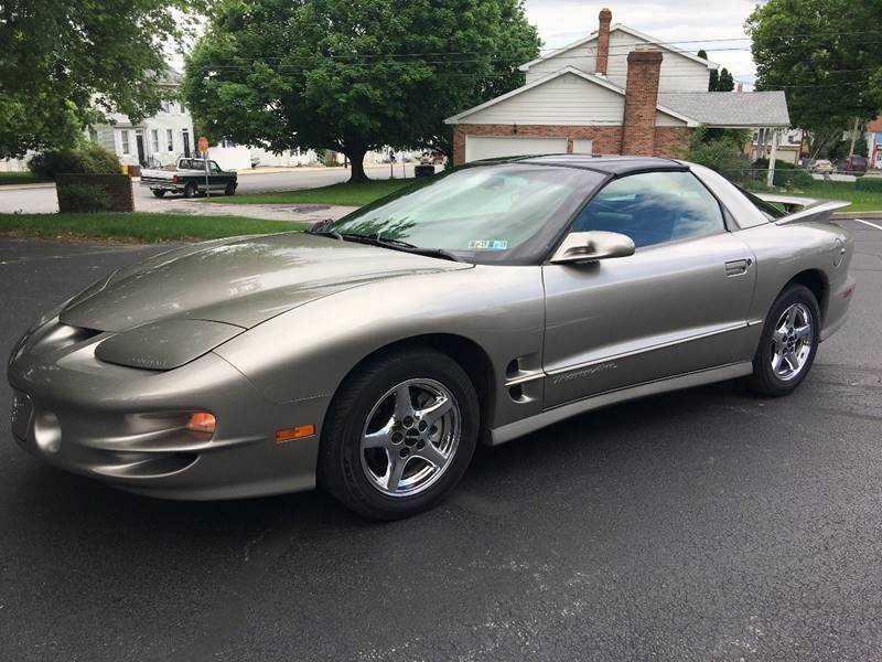 Pontiac Firebird 2002 $17995.00 incacar.com