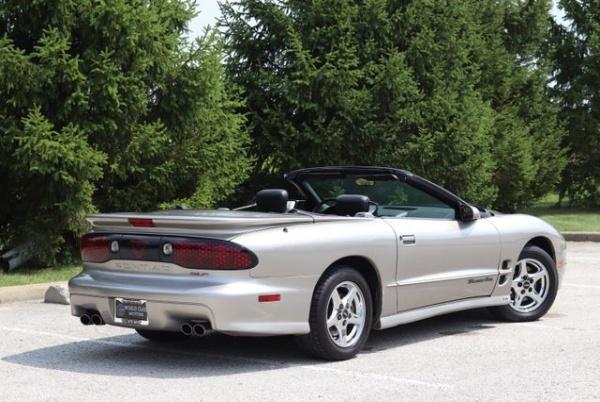 Pontiac Firebird 2002 $15778.00 incacar.com