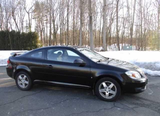 Pontiac G5 2009 $2995.00 incacar.com