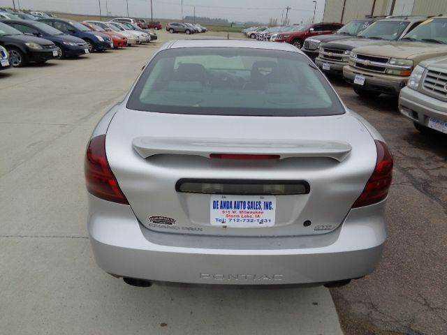 Pontiac Grand Prix 2004 $5995.00 incacar.com