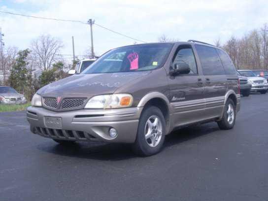 Pontiac Montana 2001 $1700.00 incacar.com