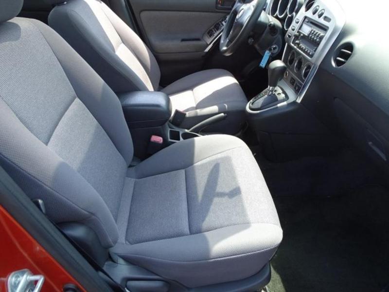 Pontiac Vibe 2004 $4777.00 incacar.com