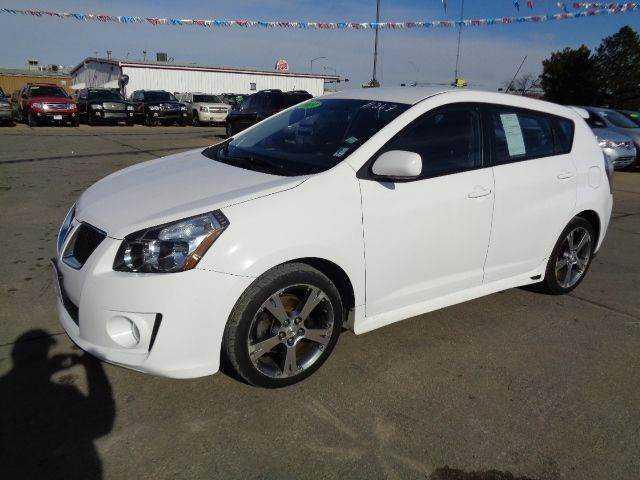 Pontiac Vibe 2009 $7400.00 incacar.com