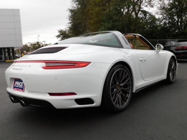 Porsche 911 2017 $119986.00 incacar.com