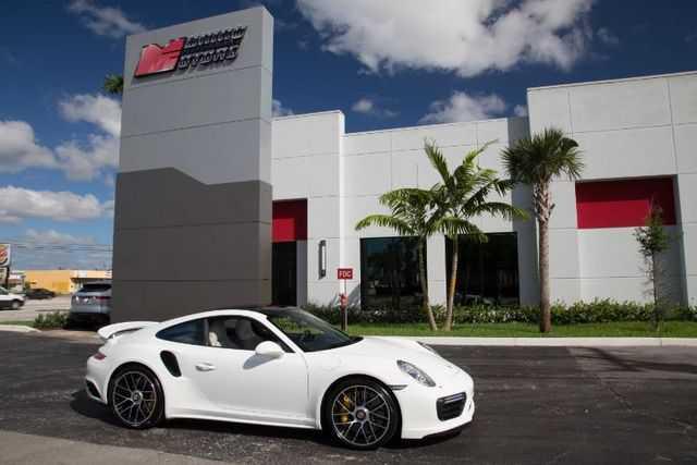 Porsche 911 2017 $174900.00 incacar.com