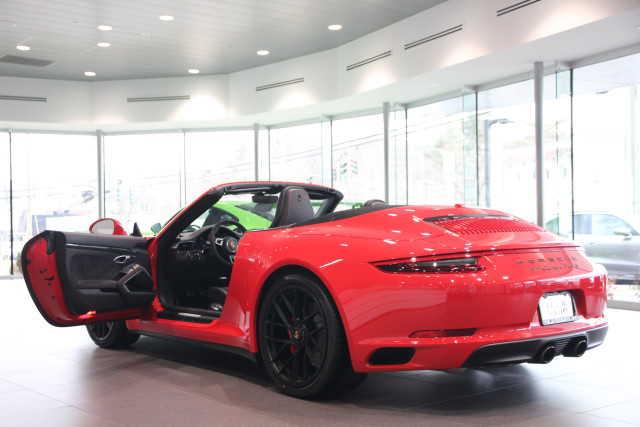 Porsche 911 2018 $159995.00 incacar.com
