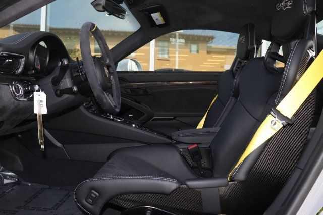 Porsche 911 2018 $398450.00 incacar.com