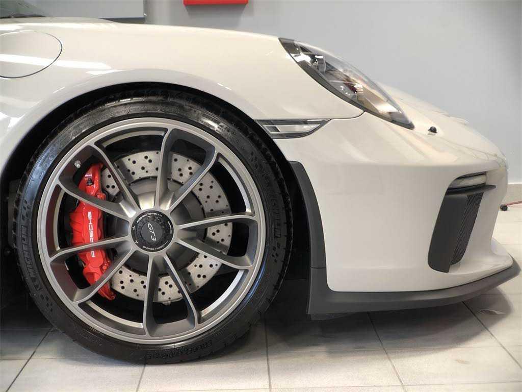 Porsche 911 2018 $174890.00 incacar.com