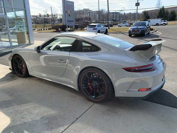 Porsche 911 2018 $179991.00 incacar.com
