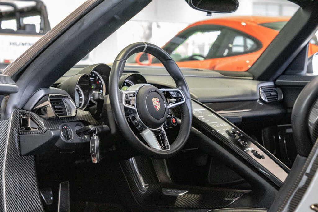 Porsche 918 Spyder 2015 $1650000.00 incacar.com