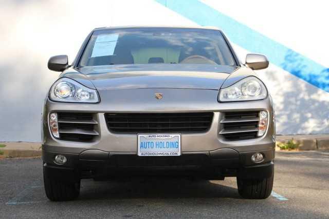 Porsche Cayenne 2008 $9775.00 incacar.com