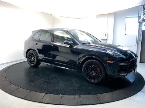 Porsche Cayenne 2017 $86995.00 incacar.com