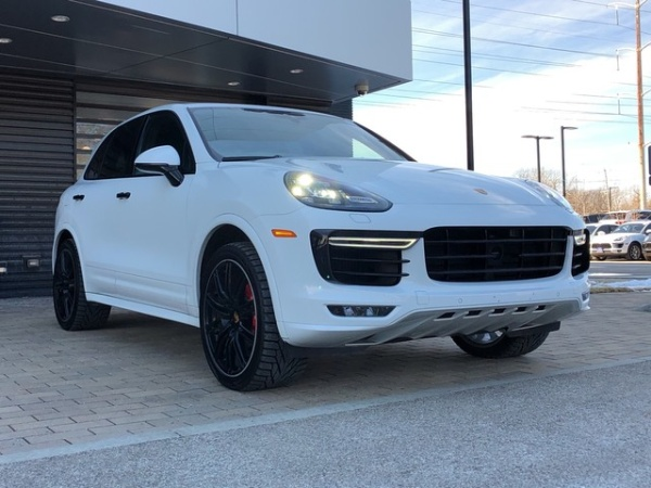 Porsche Cayenne 2018 $119995.00 incacar.com