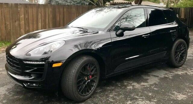 Porsche Macan 2017 $58990.00 incacar.com
