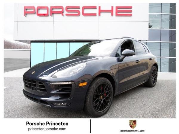 Porsche Macan 2018 $77900.00 incacar.com