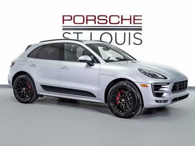 Porsche Macan 2018 $77855.00 incacar.com
