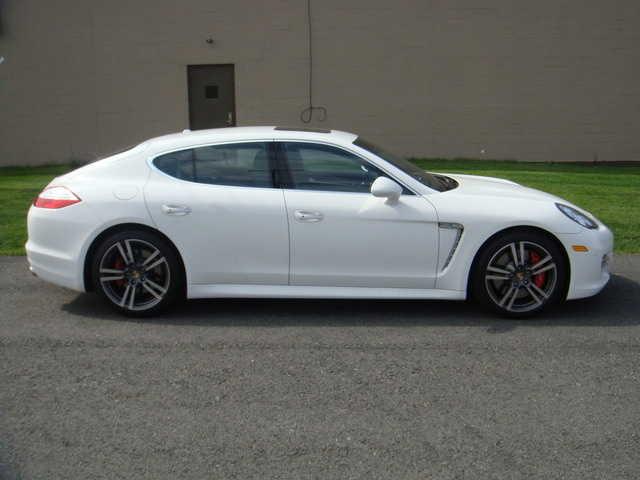 Porsche Panamera 2011 $139977.00 incacar.com
