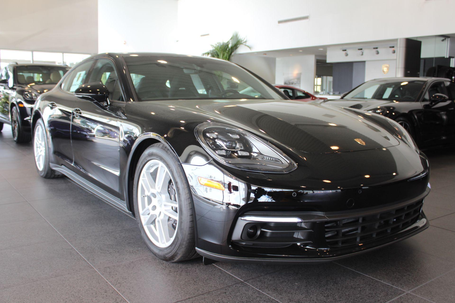 Porsche Panamera 2017 $99995.00 incacar.com