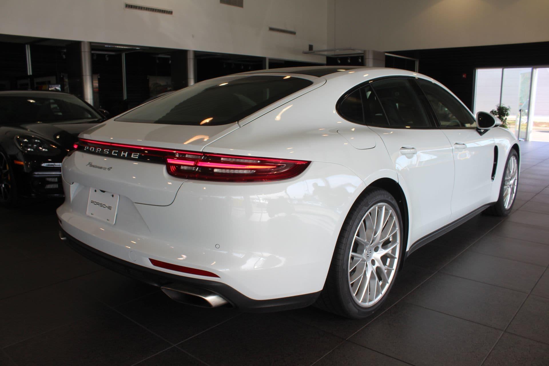 Porsche Panamera 2017 $94500.00 incacar.com
