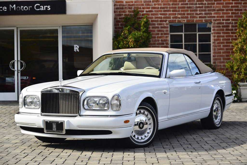 Rolls-Royce Corniche 2000 $99990.00 incacar.com