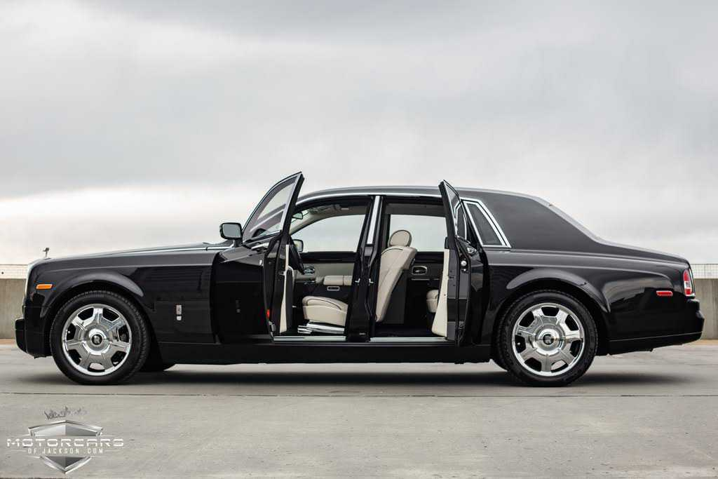 Rolls-Royce Phantom 2006 $129900.00 incacar.com