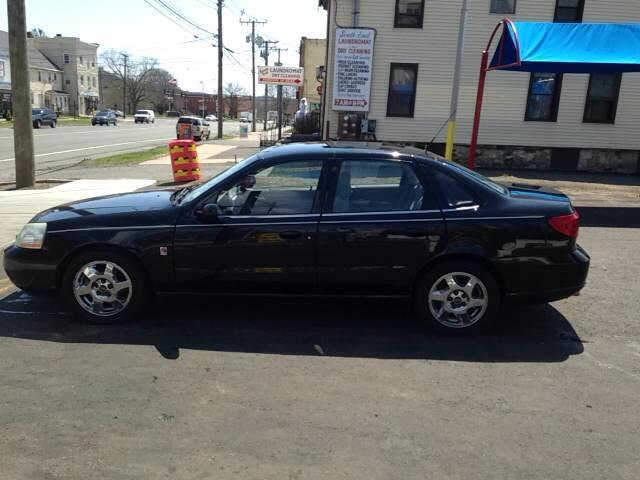 Saturn L300 2005 $3995.00 incacar.com