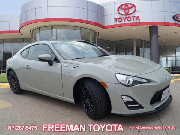 Scion FR 2016 $22693.00 incacar.com