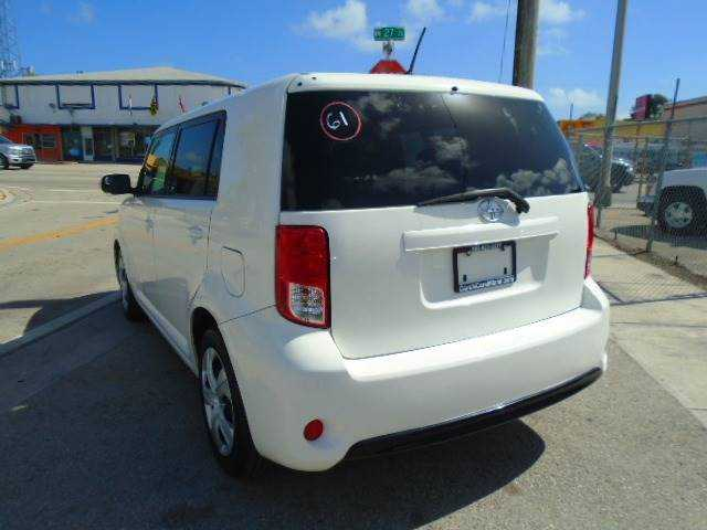 Scion xB 2013 $3995.00 incacar.com