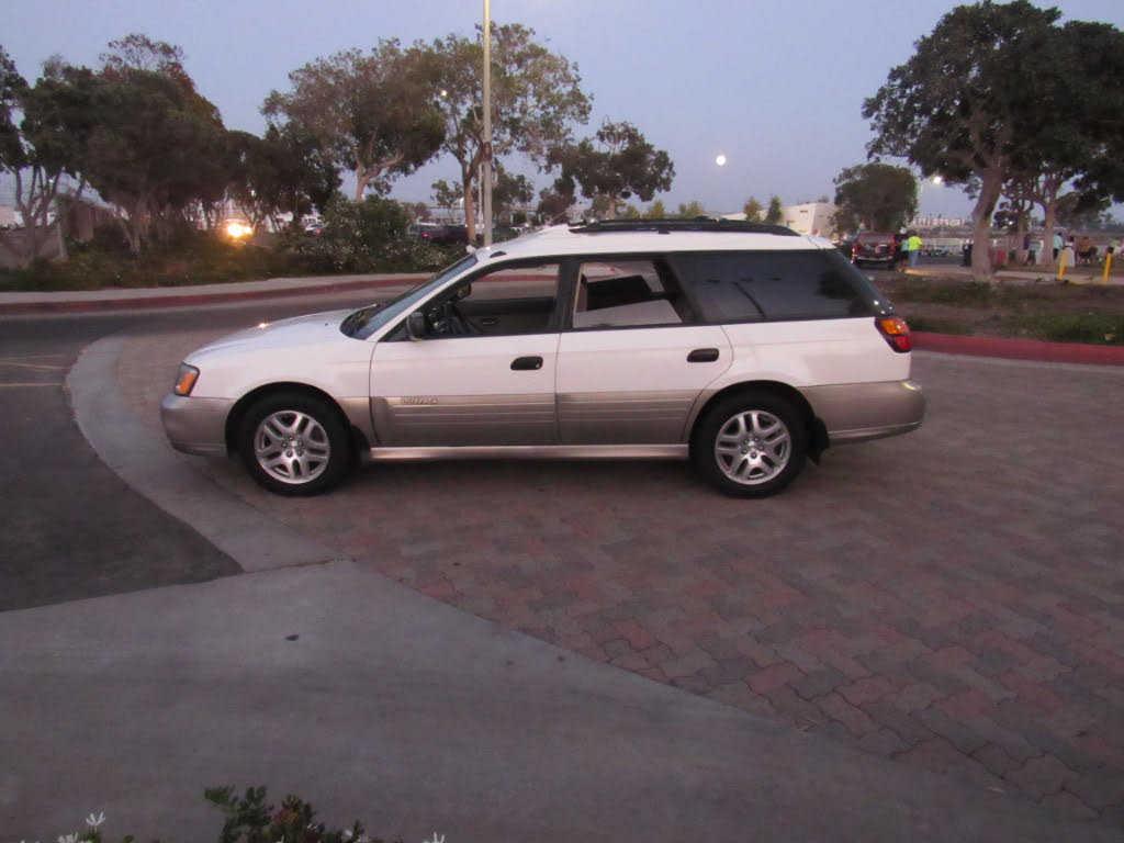 Subaru Outback 2001 $2975.00 incacar.com