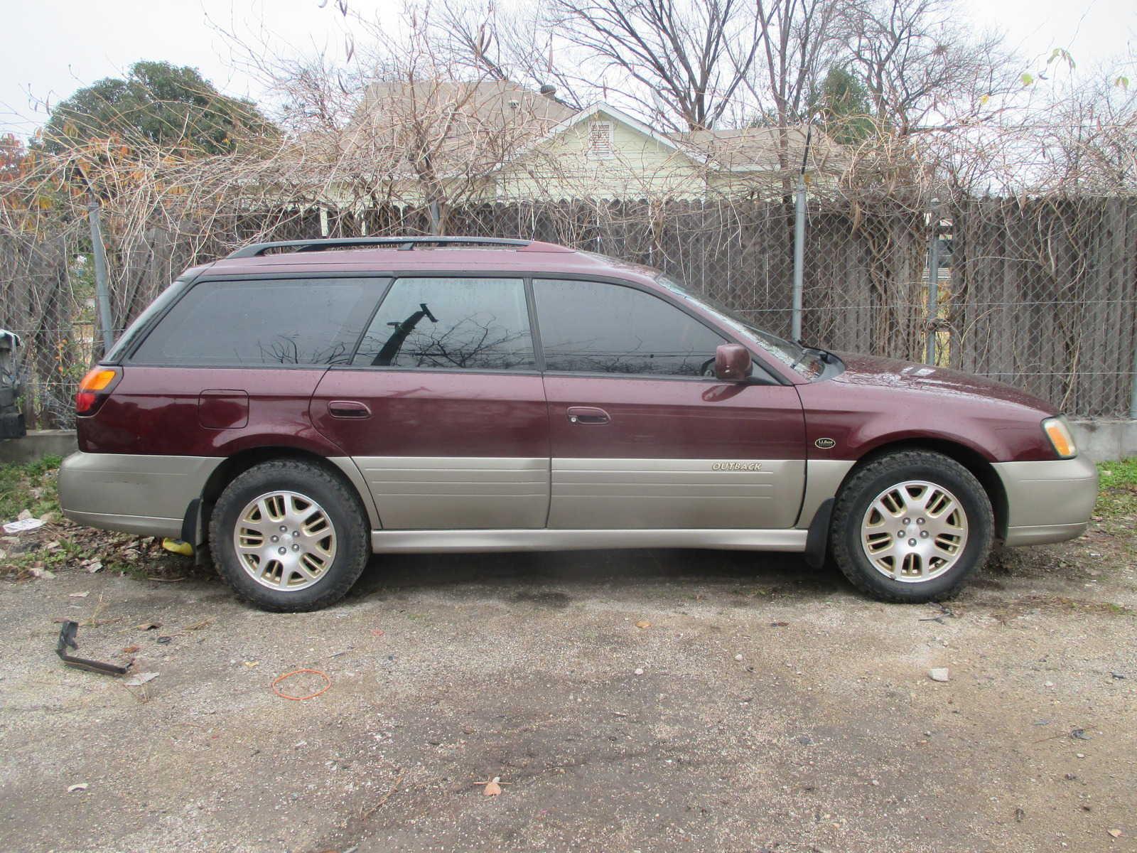 Subaru Outback 2001 $350.00 incacar.com
