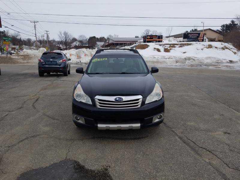 Subaru Outback 2011 $3500.00 incacar.com