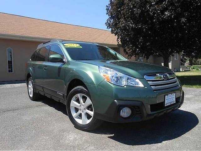 Subaru Outback 2013 $17995.00 incacar.com