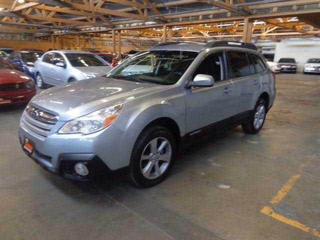 Subaru Outback 2014 $7400.00 incacar.com