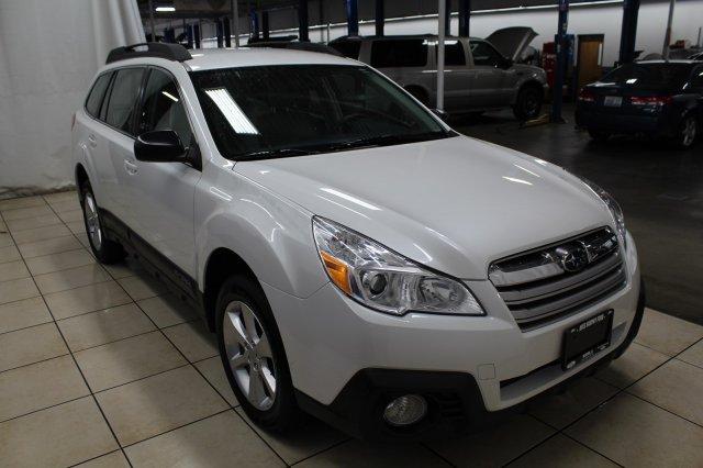Subaru Outback 2014 $18994.00 incacar.com