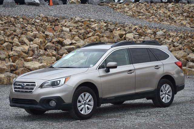 Subaru Outback 2015 $8995.00 incacar.com