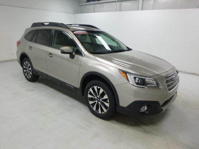 Subaru Outback 2016 $24988.00 incacar.com