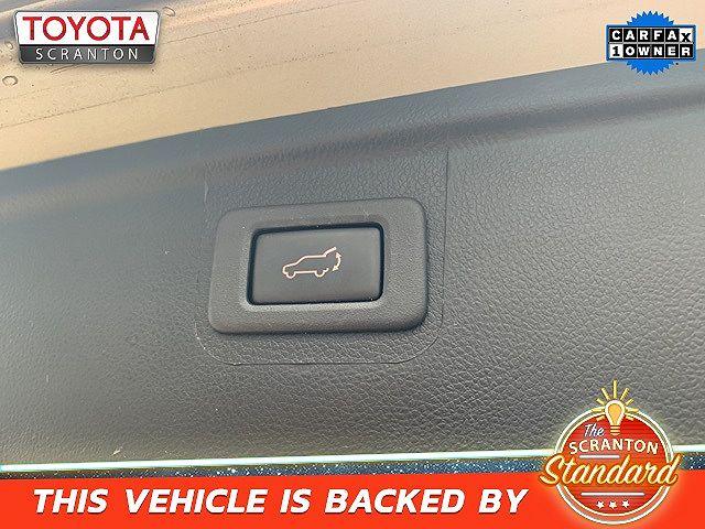 used Subaru Outback 2018 vin: 4S4BSANC1J3301948