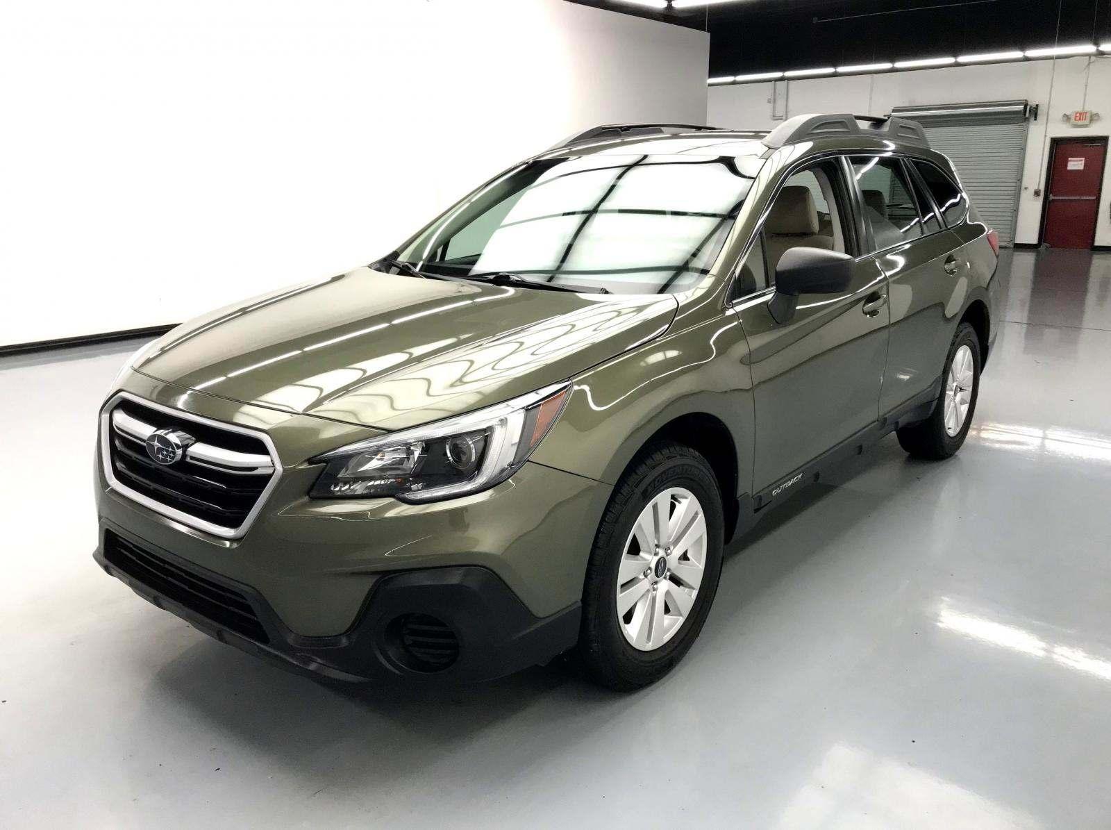 used Subaru Outback 2018 vin: 4S4BSAAC0J3383838