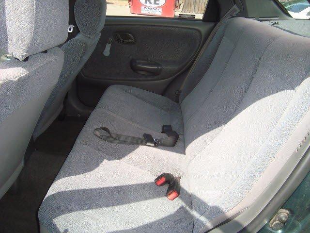 Suzuki Esteem 2000 $4377.00 incacar.com