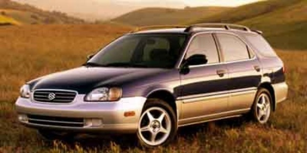 Suzuki Esteem 2001 $2477.00 incacar.com